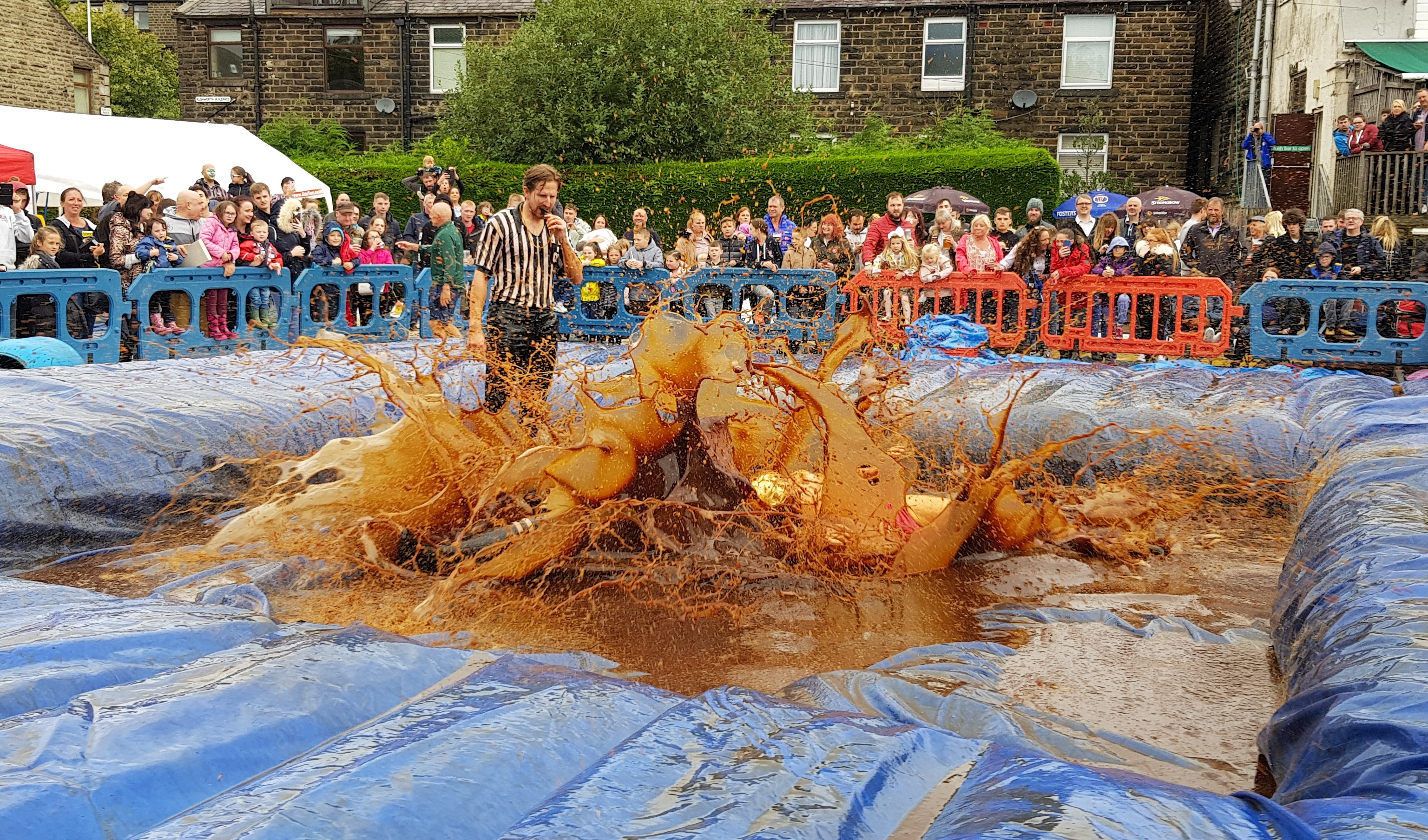 Gravy Wrestling 2018 - All Black Pudding Natures Gravy 5