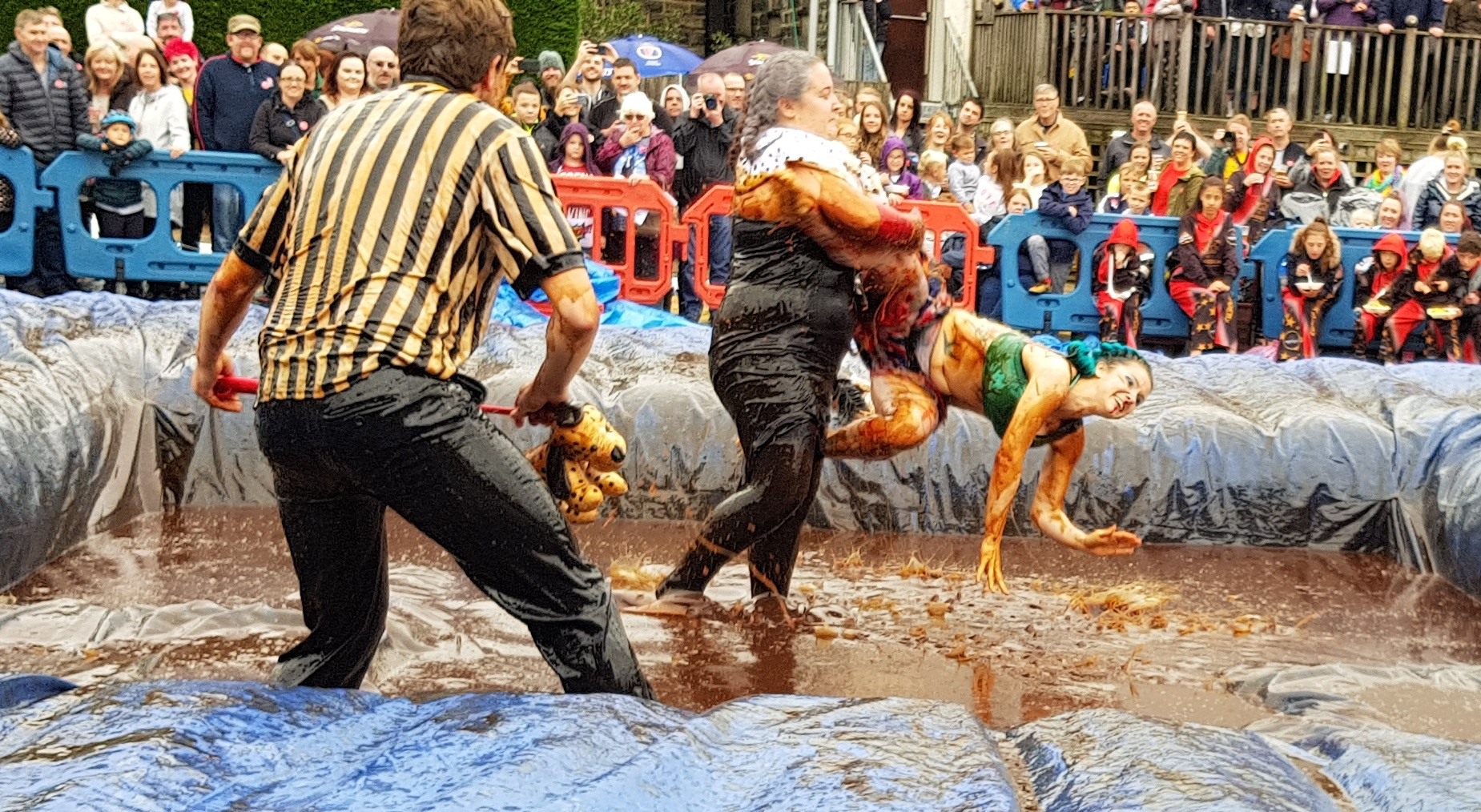 Gravy Wrestling 2018 - Cruella de gravy and Britains next top muffin 4