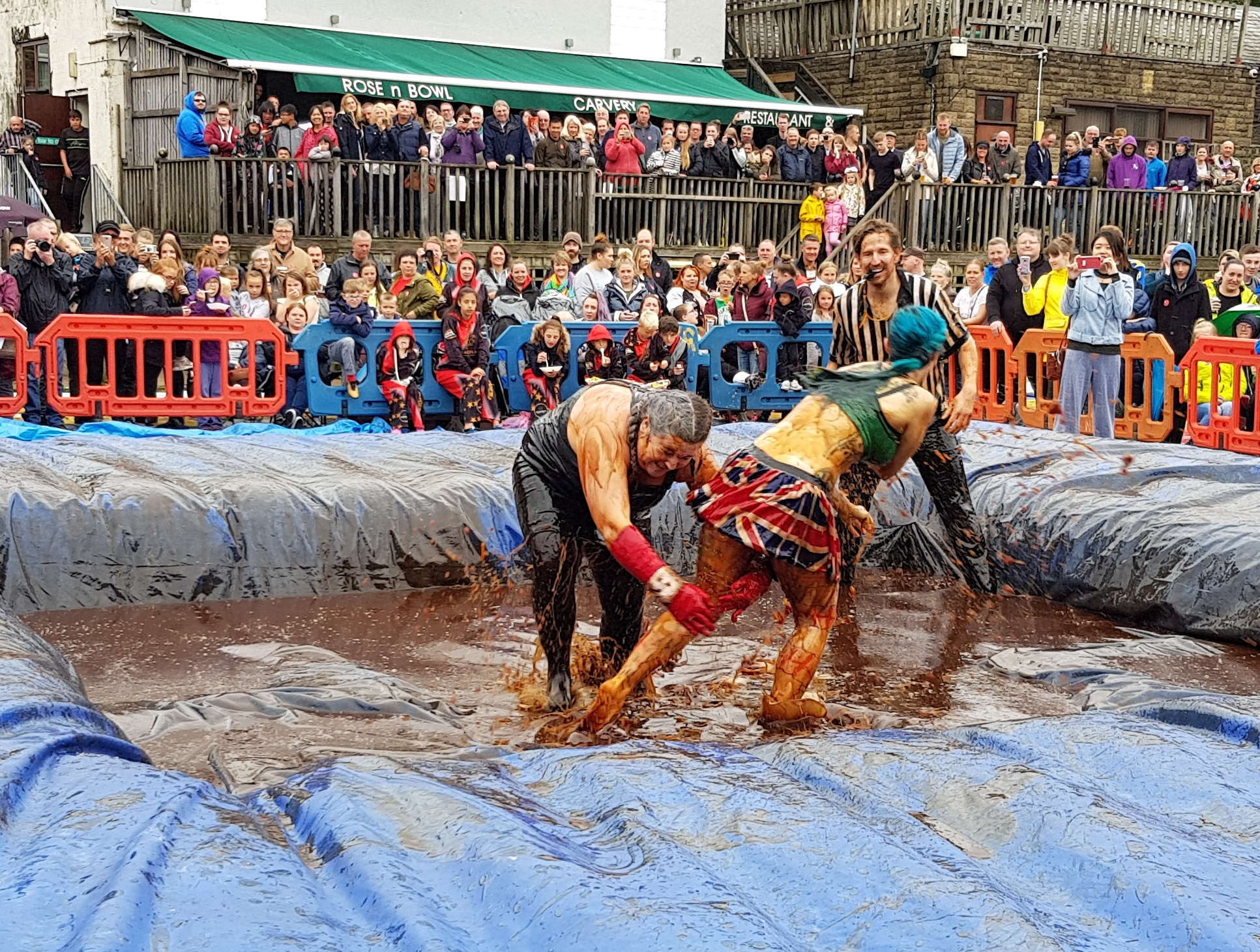 Gravy Wrestling 2018 - Cruella de gravy and Britains next top muffin 5