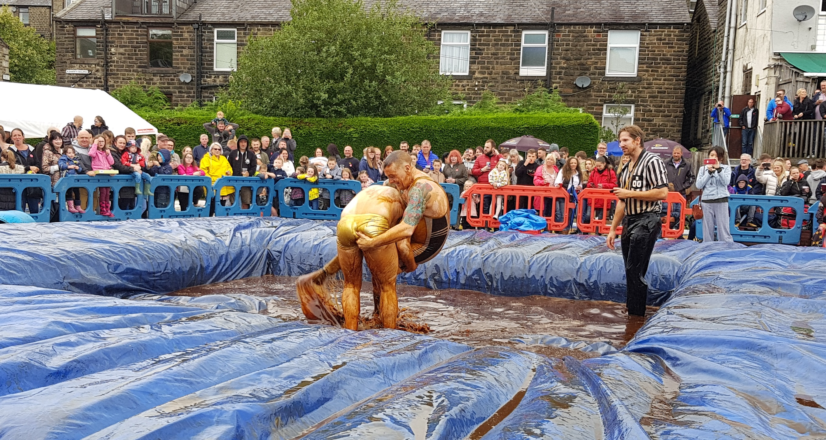 Gravy Wrestling 2018 - Golden Balls and the Bisto Beast 9