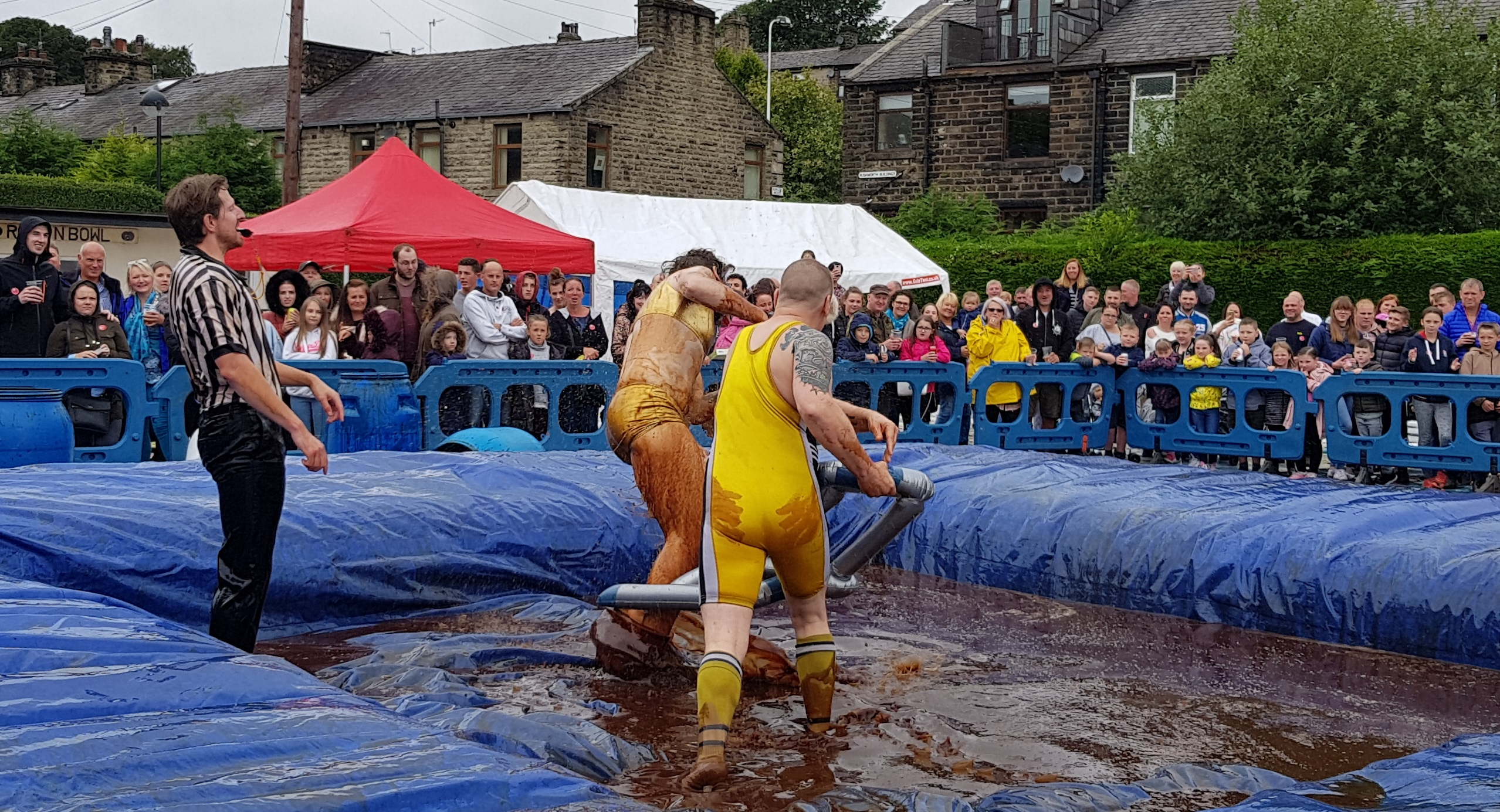 Gravy Wrestling 2018 - Golden Balls and the Bisto Beast