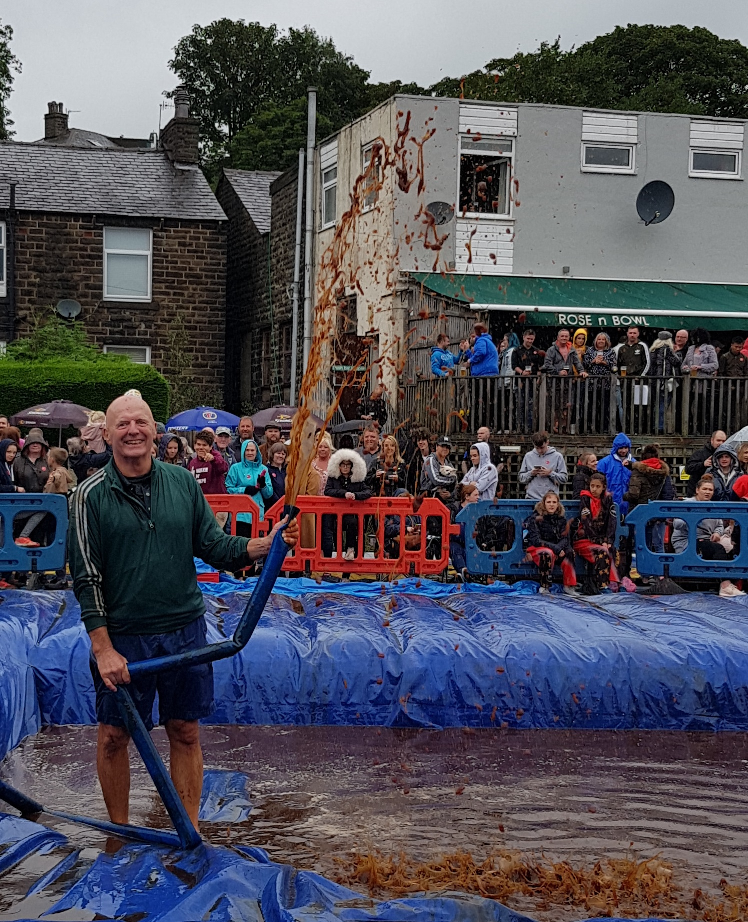 Gravy Wrestling 2018 - Gravy Fountain