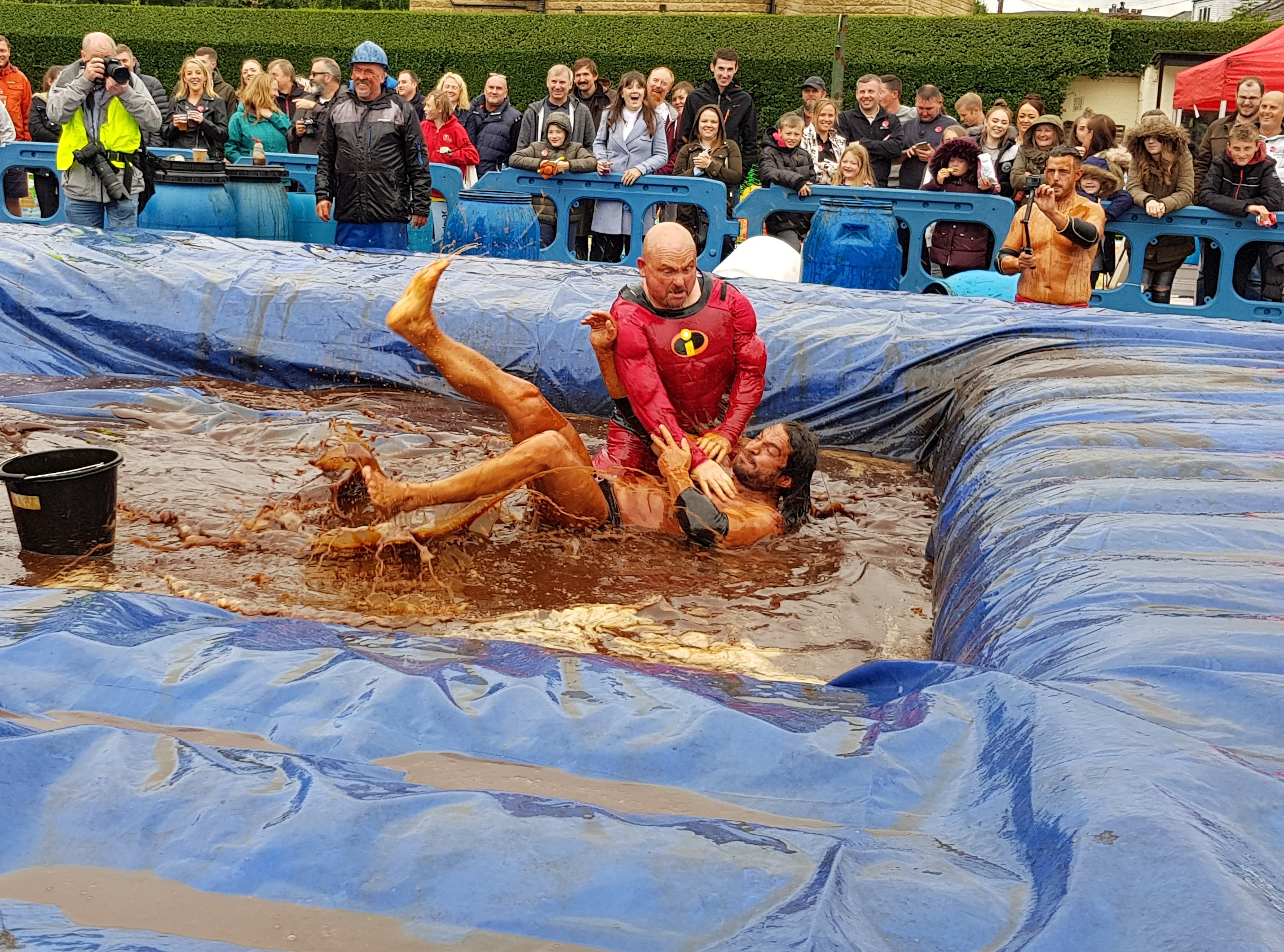 Gravy Wrestling 2018 - Mud Man Incredibly slippy 8