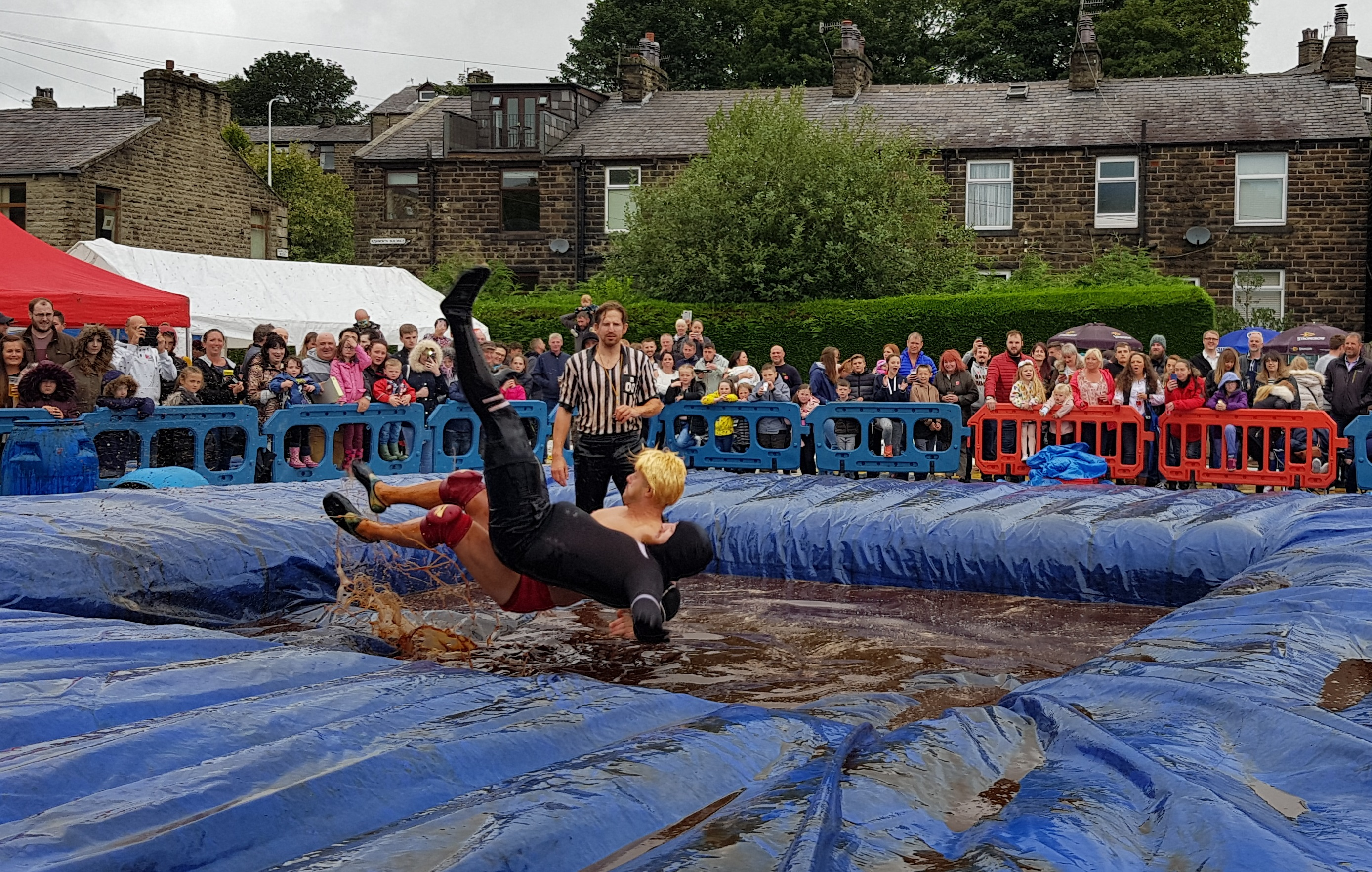 Gravy Wrestling 2018 - Natures Gravy All Black Pudding 2