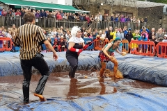 Gravy Wrestling 2018 - Cruella de gravy and Britains next top muffin