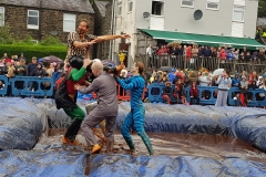 Gravy Wrestling 2018 - lifting the ref 2